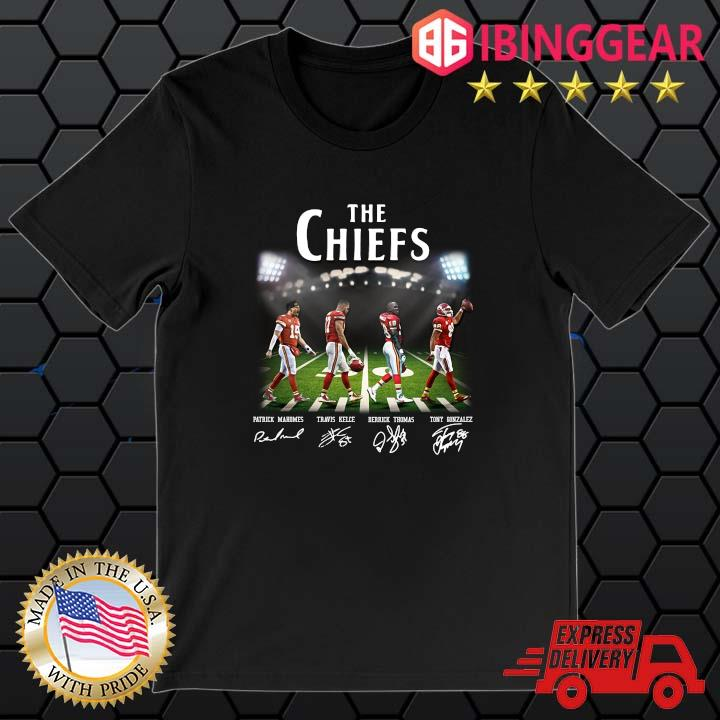 The Chiefs Abbey Road Patrick Mahomes Travis Kelce signatures shirt